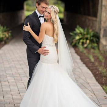 Featured- Kristen Weaver Photography, Bella Collina, Vangie's Events of Distinction, Blossoms Arrangements of Distinction, Orlando wedding, white wedding idea