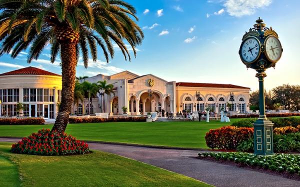 Trump International Palm Beach - clubhouse