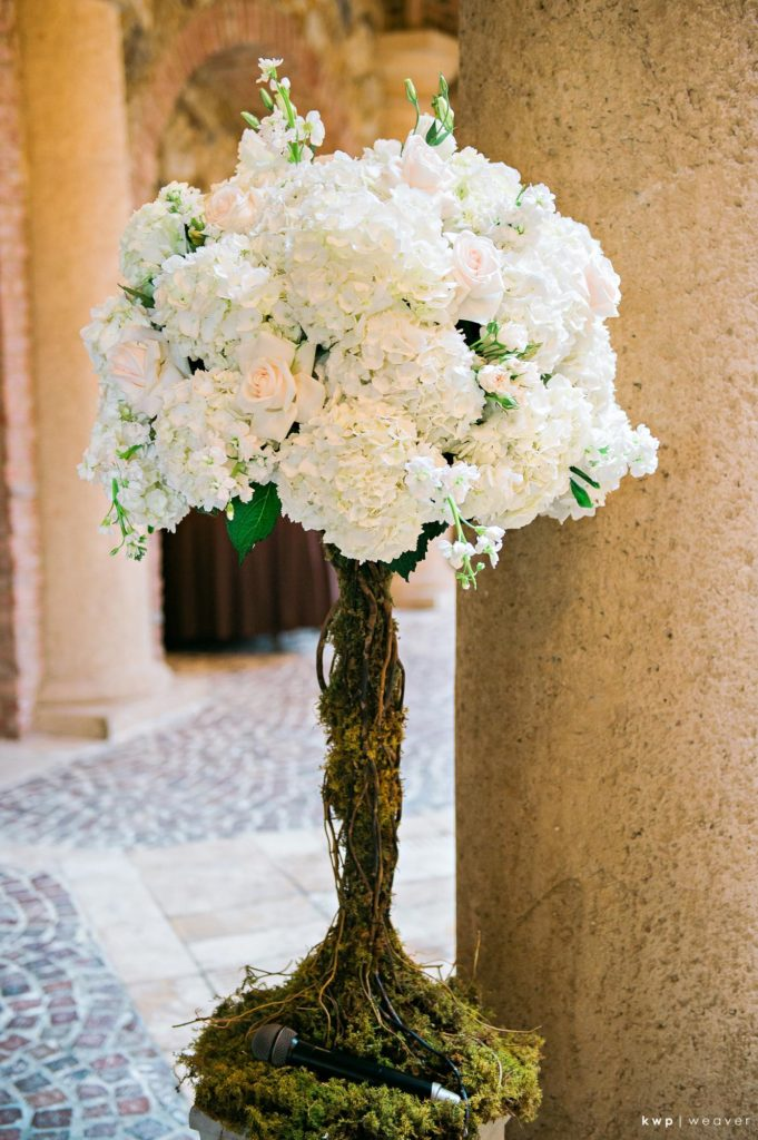 White Wedding, Ceremony Floral